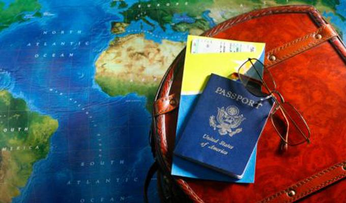 Os números do Anuário Estatístico do Turismo 2018 comprovam que a estratégia de promoção do Brasil na América do Sul realizada pela Embratur (Instituto Brasileiro de Turismo), no último ano, foi certeira. O comparativo da entrada de turistas dos países sul-americanos de 2016 com 2017 mostra que houve uma variação positiva de 11,1%. No ano passado, foram 4,1 milhões de visitantes dos países vizinhos, contra 3,7 milhões em 2016.