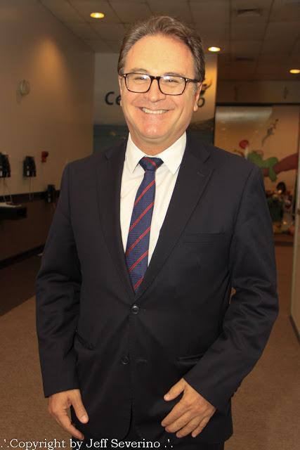O catarinense Vinicius Lummertz, que até segunda-feira, dia 09 de abril, ocupava o cargo de presidente da Embratur (Instituto Brasileiro de Turismo), tomou posse hoje (10), como novo ministro do Turismo. Ele substitui Marx Beltrão, que ocupou a pasta desde 05 de outubro de 2016.