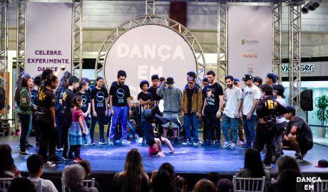 Dança em Cena - Turismo on line