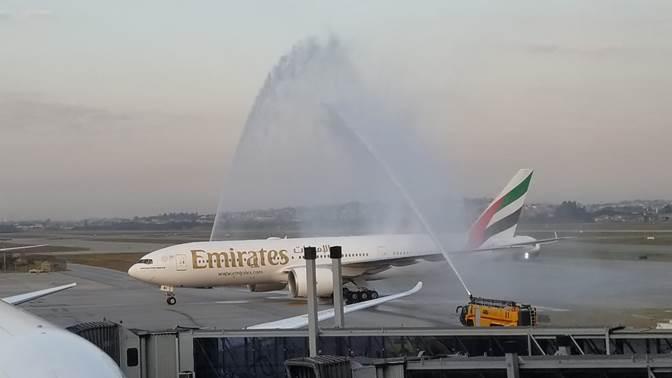 Batismo Emirates - Turismo on line