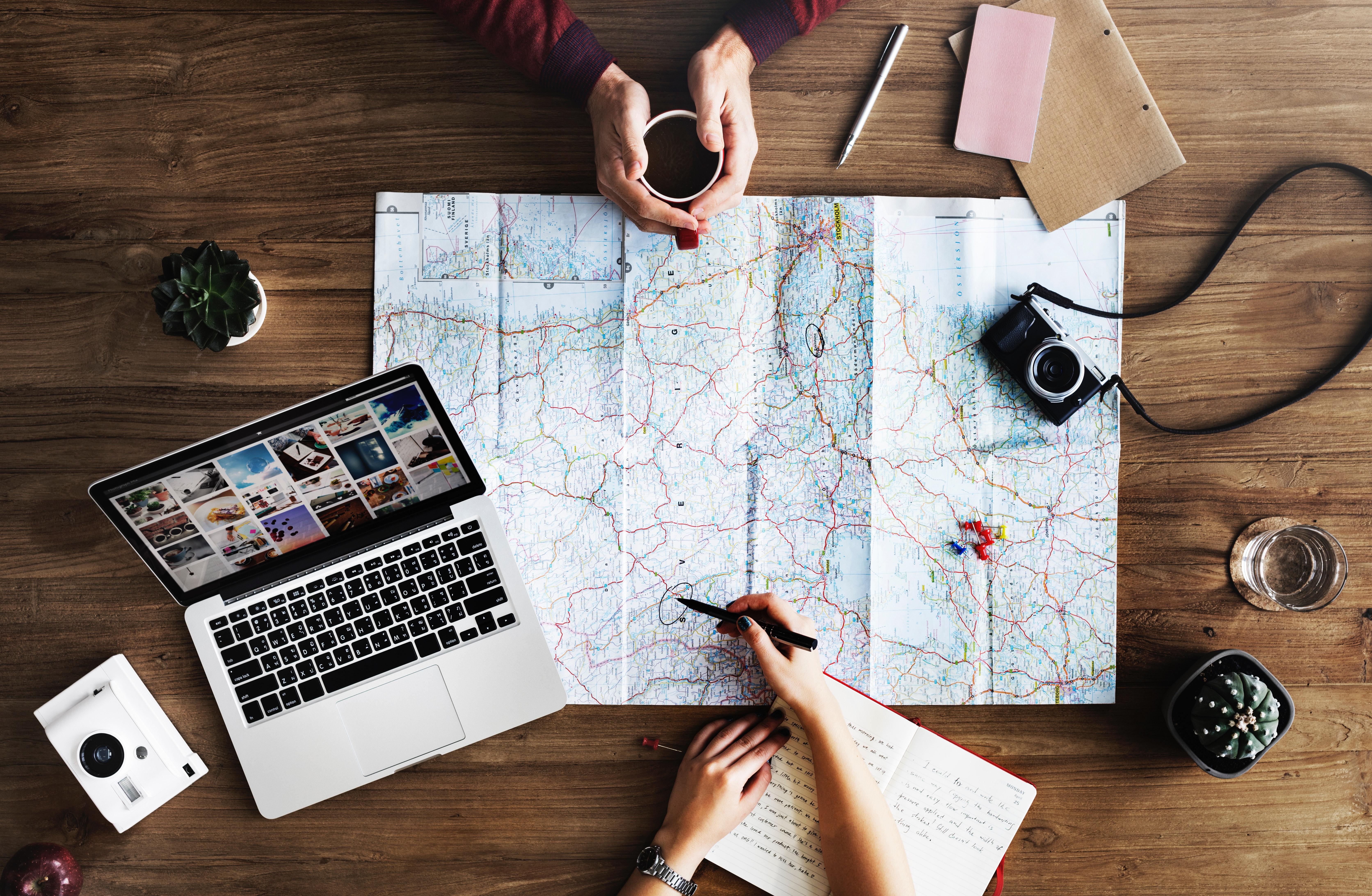 Panejando a viagem - Turismo on line