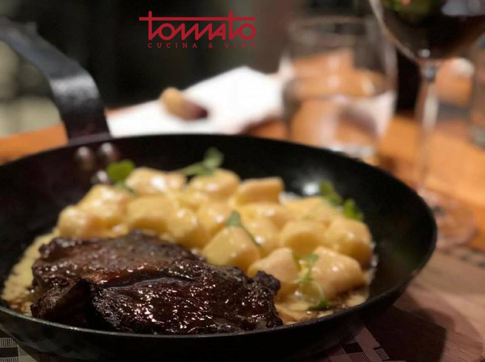 Tomato, Cocina & Vino - Turismo on Line