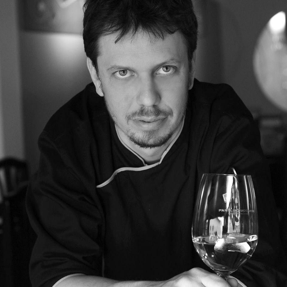 Jorge Monópoli - Turismo on line