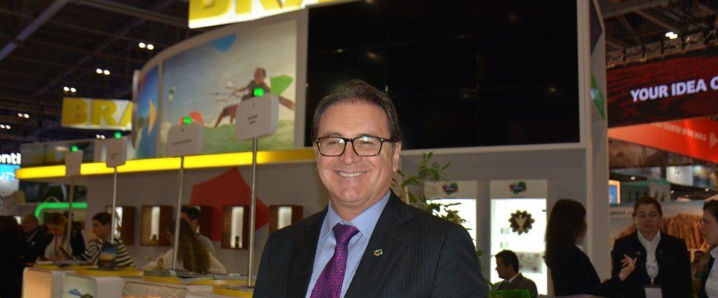 Vinicius Lummertz -Turismo on line