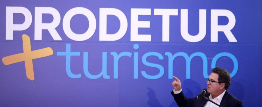 Vinicius Lummertz - Turismo on line