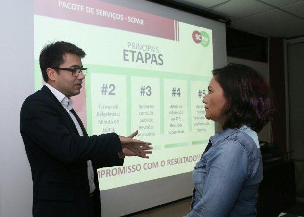 Gustavo Salvador Ferreira e Flavia Didomenico
