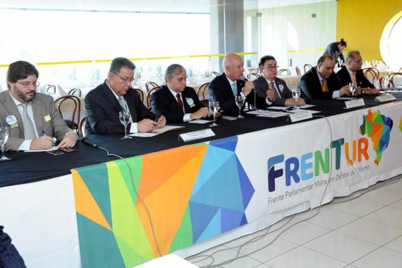 Reunião da Frente Parlamentar - turismoonline.net.br