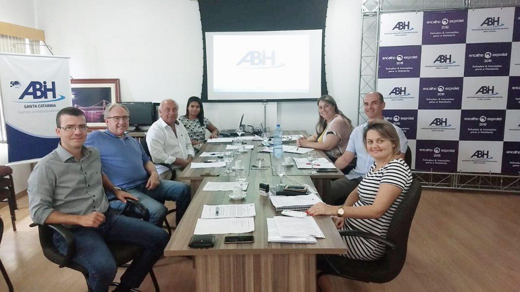 Reunião ABIH-SC - turismoonline.net.br