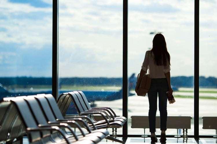 Mulheres representaram 70% da busca por passagens aéreas no Brasil