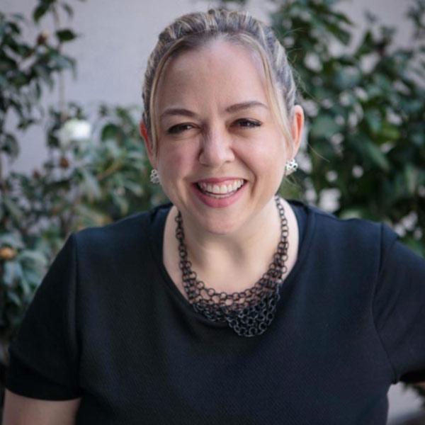 A estrategista da Stratlab Inteligência Digital, Fernanda Nascimento