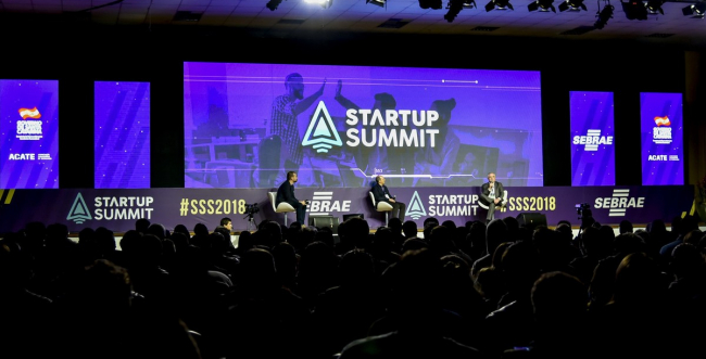 Nos dias 15 e 16 de agosto, Florianópolis vai se tornar o centro do empreendedorismo inovador com o Startup Summit, evento dedicado a reunir todo o ecossistema de tecnologia e inovação do Brasil.