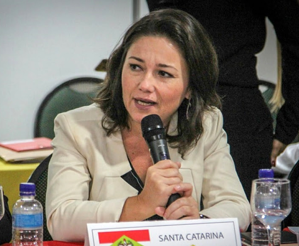A presidente da Santur, Flavia Didomenico, reforça a necessidade de consolidar o turismo rodoviário em SC