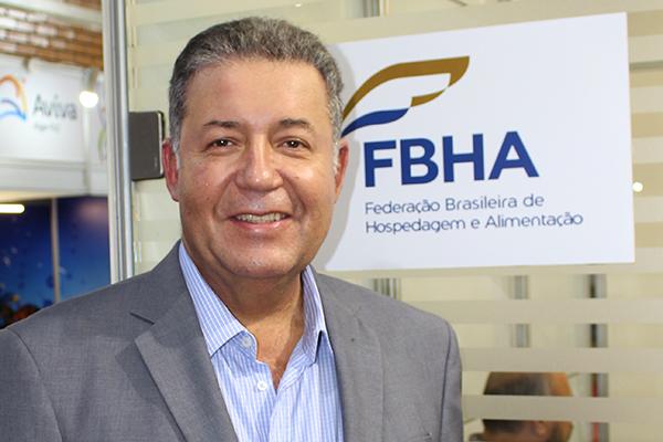 O mercado de turismo no Brasil deve gerar mais de 2 milhões de empregos nos próximos quatro anos. A estimativa é de Alexandre Sampaio, presidente da FBHA (Federação Brasileira de Hospedagem e Alimentação)