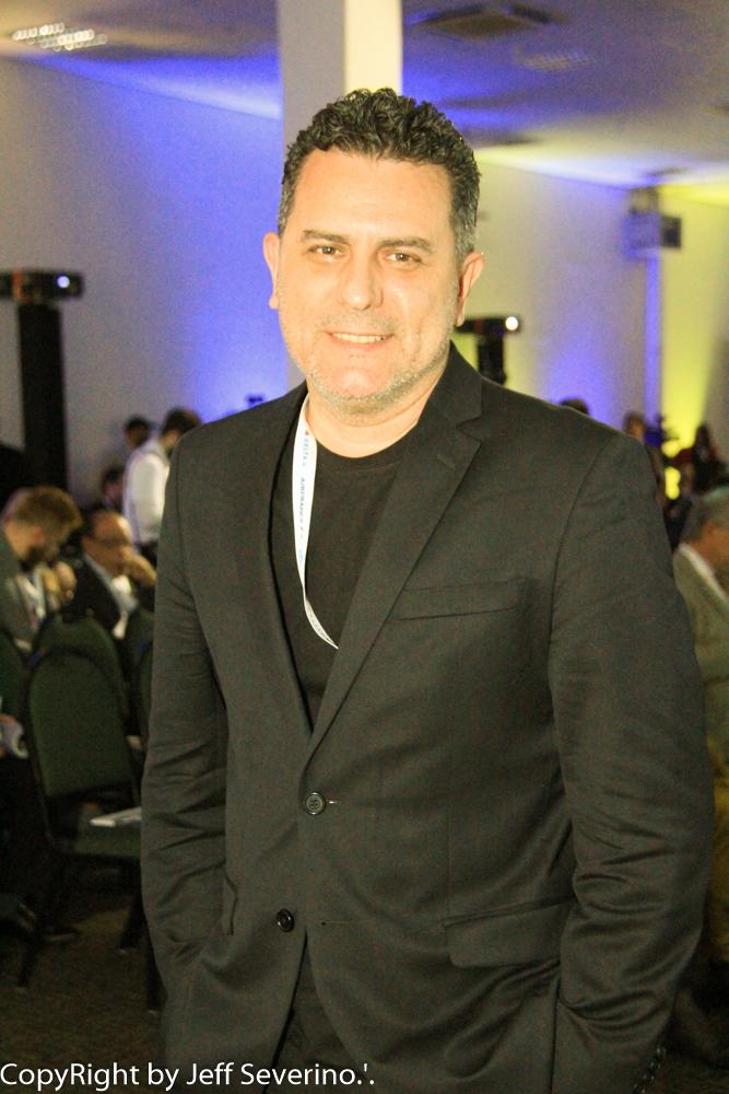 Outro representante de Foz do Iguaçu entre os finalistas é Gilmar Piolla, secretário municipal de Turismo Indústria, Comércio e Projetos Estratégicos e um dos idealizadores do Fundo Iguaçu e da Gestão Integrada de Turismo