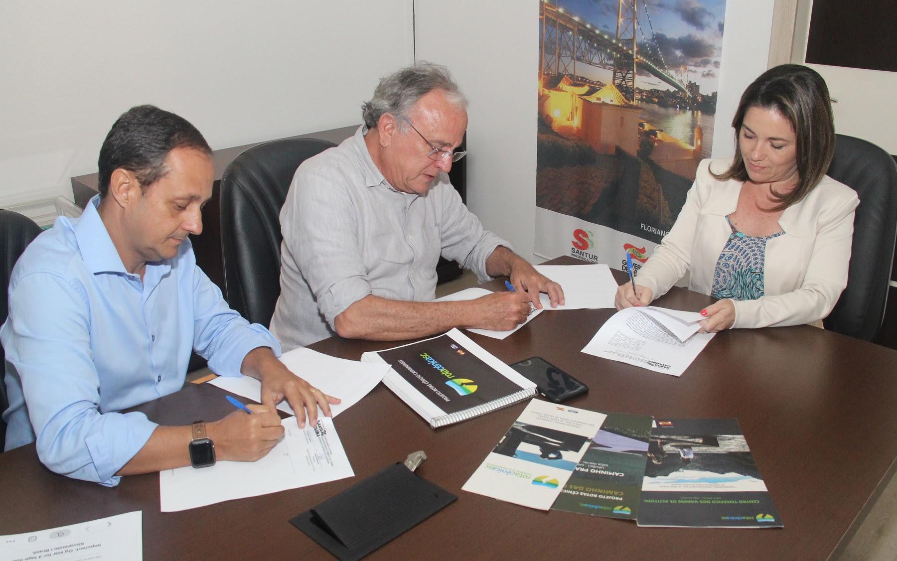 acordo de cooperação técnica entre a Agência de Desenvolvimento do Turismo (Santur) e a empresa Biosfhera Empreendimentos Ambientais para a execução do projeto Rotas Cênicas Catarinenses