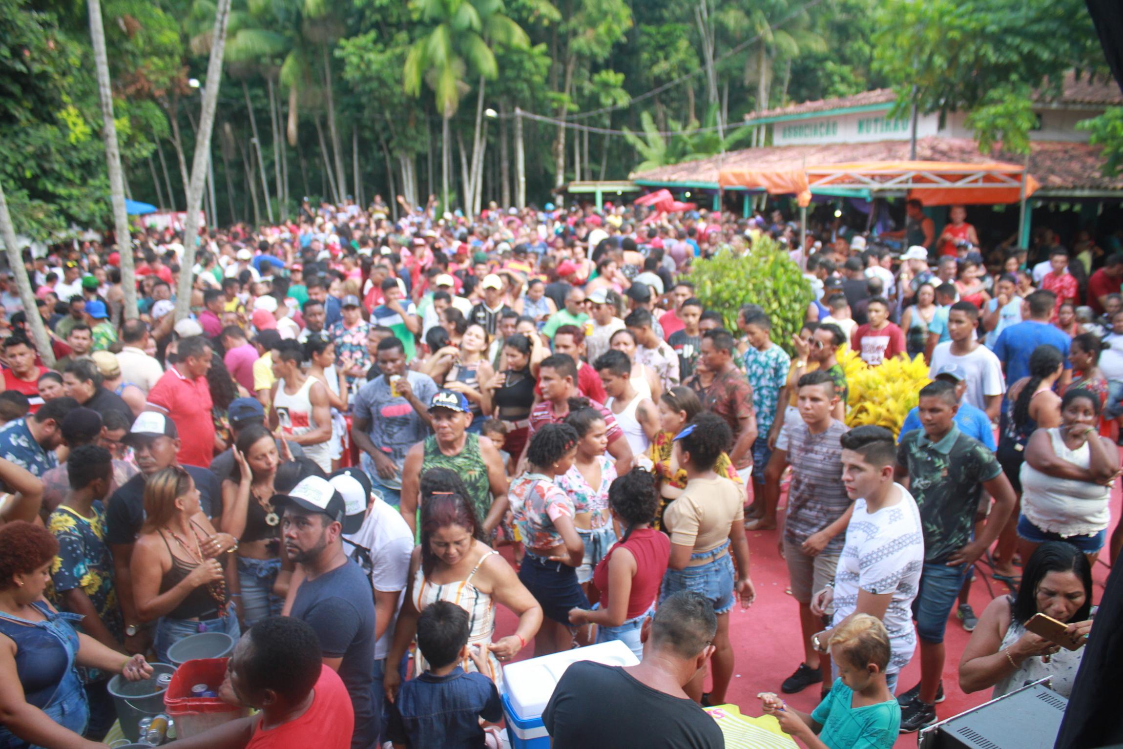 XV Festival do açaí orgânico 2019 da Associação Mutirão Igarapé-Miri no Pará