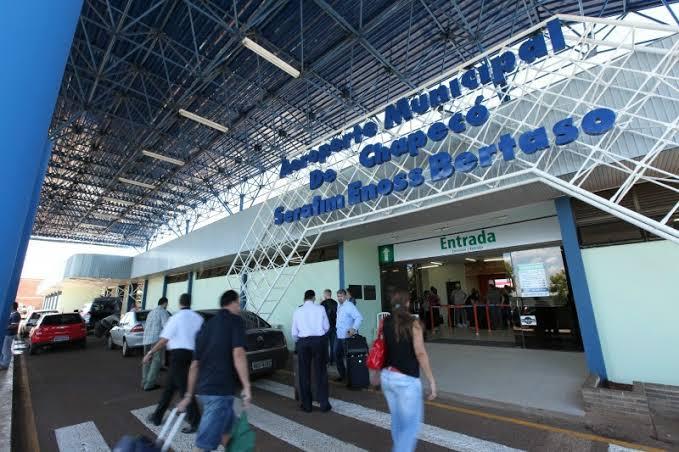 Aeroporto Serafim Enoss Bertaso - Chapecó - SC - Divulgação