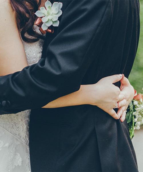 Casou? Vai casar? E uma cerimônia, festa e lua de mel?