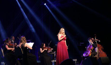 Concerto gratuito em Tijucas reúne Octeto de Cordas e trio da Camerata