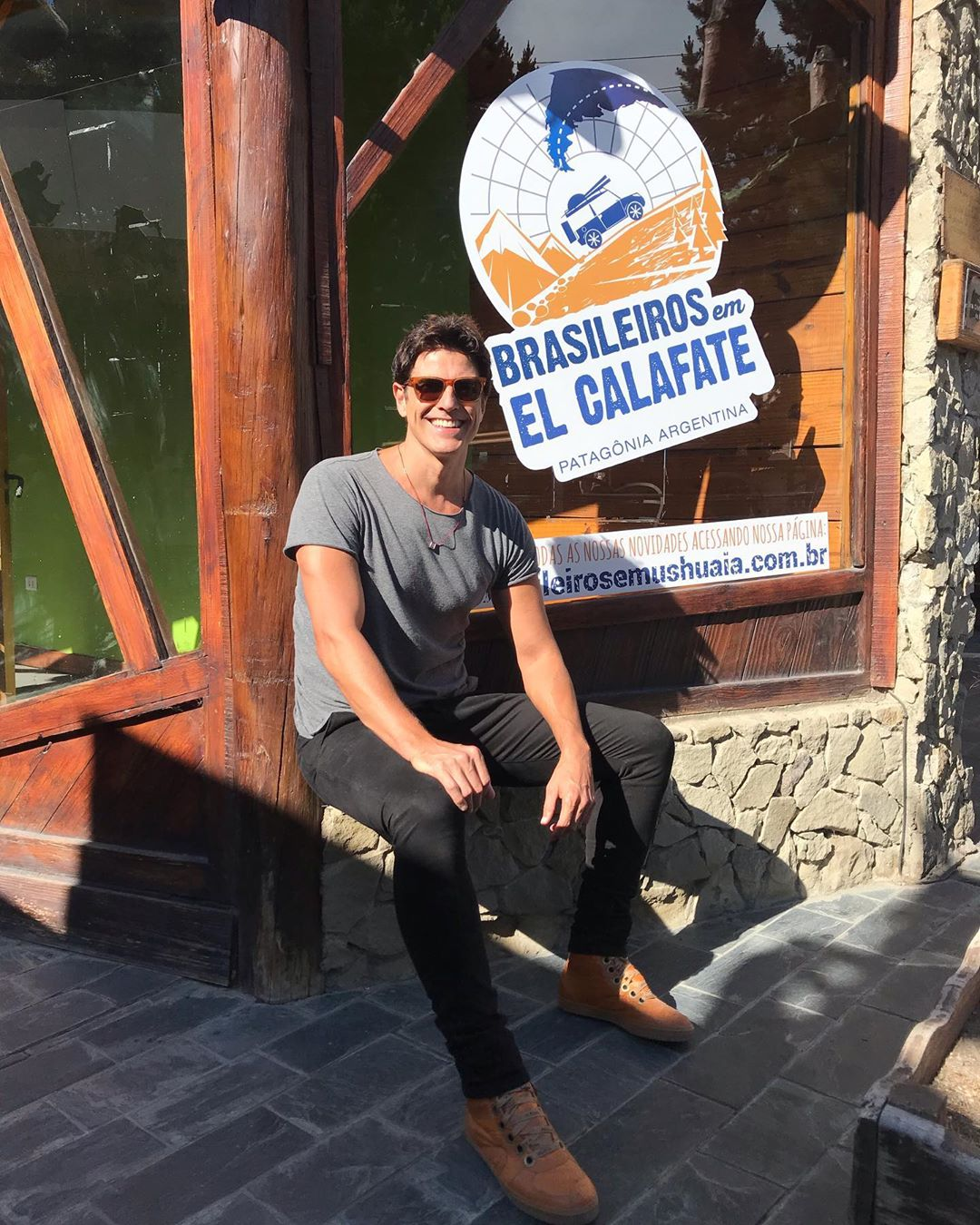 Reynaldo Gianecchini em El Calafate - Foto - Divulgação Brasileiros em Ushuaia