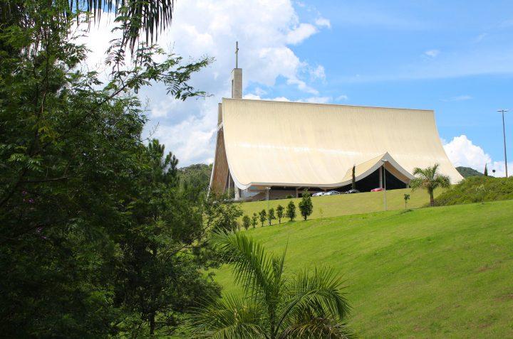 Beluga XL-O Santuário Santa Paulina está em festa! No próximo domingo, dia 19 de janeiro, será celebrado o 14° aniversário de dedicação do Templo, com uma missa especial, pela TV Aparecida, às 6h da manhã, bem como todas as celebrações das 8h, 10h, 14h e 16h.