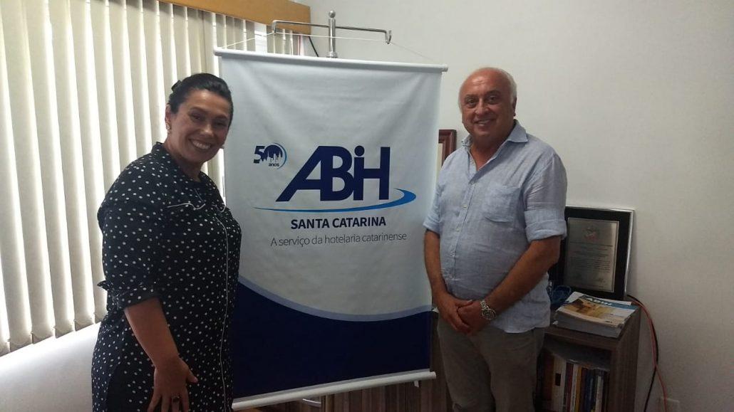 Osmar José Vailatti presidiu a reunião da diretoria executiva da Associação Brasileira da Indústria de Hotéis de Santa Catarina