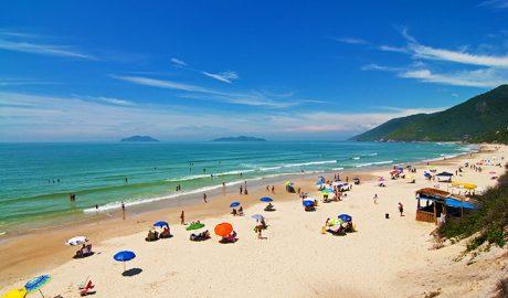 Turismo em Santa Catarina alinhado com todas as normas segurança