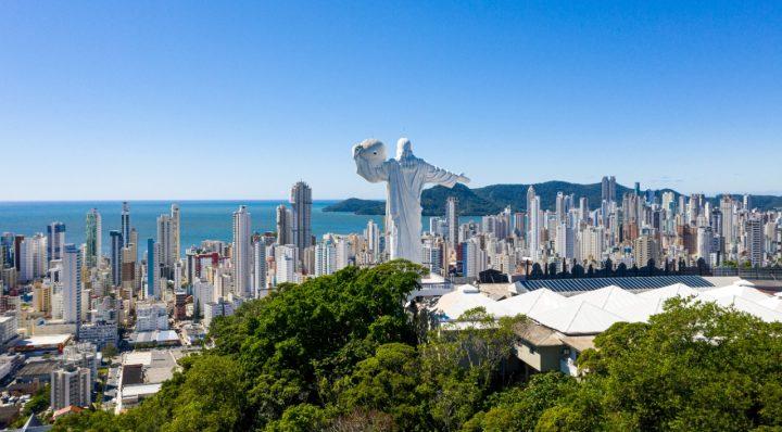 Alta temporada de verão em Jurerê Internacional em Florianópolis